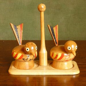 Painted birds cruet set