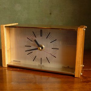 Westclox Quartzmatic Desk Clock