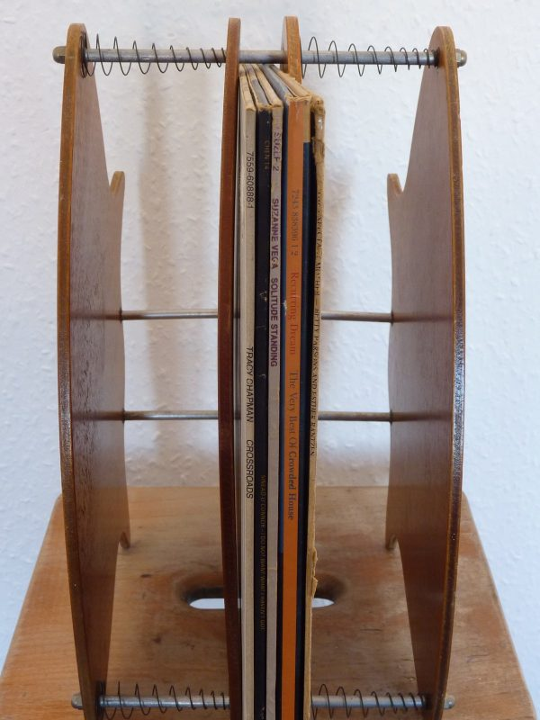Paddock Tidy Anti-Warp Record Storage