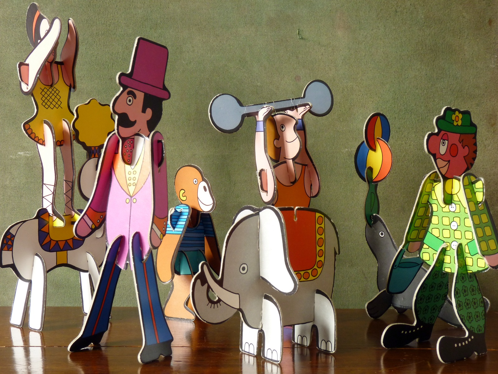 Vintage Colourful Die Cut Card Circus Figures