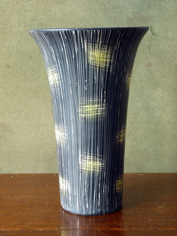 Beswick Lemon and Black Sgraffito Vase Form 1502-3