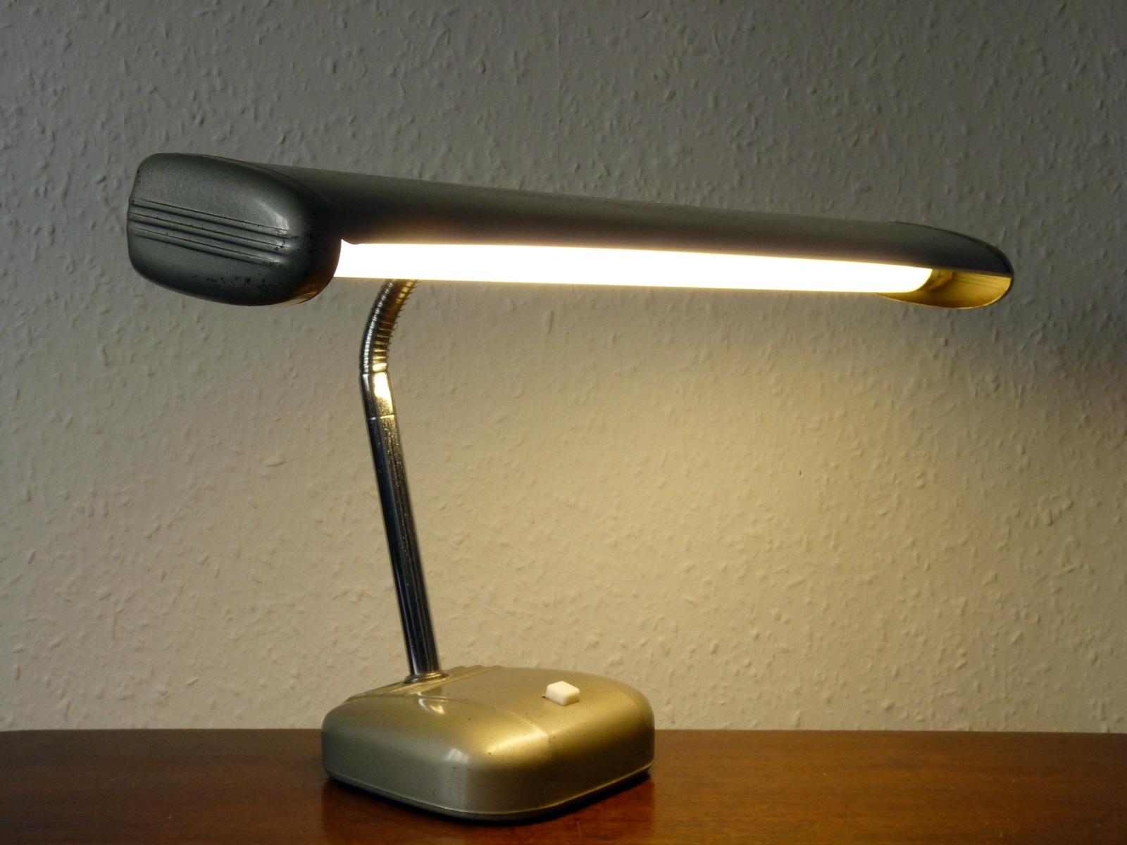 Pifco Model 992 Tube Desk Lamp