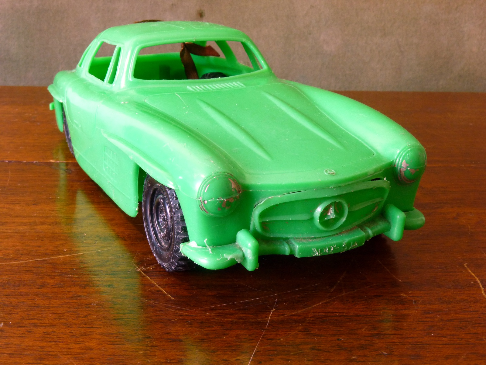 Vintage Plastic Friction-Drive Mercedes 300SL Gullwing Coupe