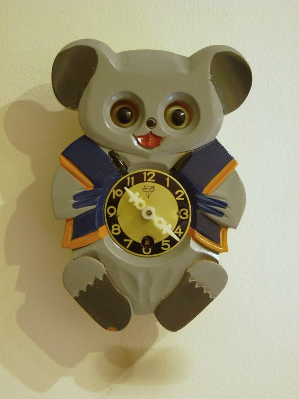 1960s Mi-Ken Baby Animal Clock with Moving Eyes Made in Japan