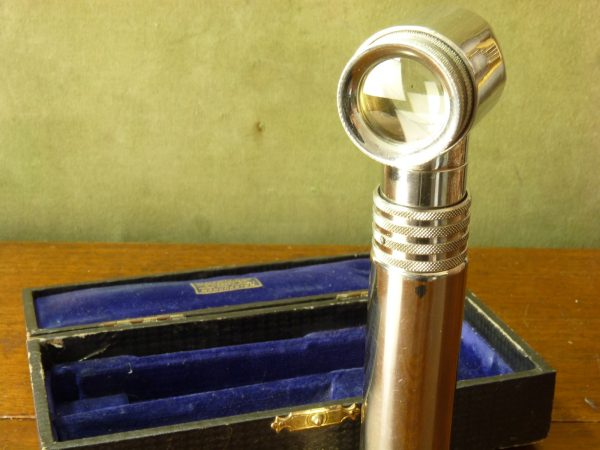 Vintage Ultra Lens Illuminated Magnifying Medical Instrument / Torch