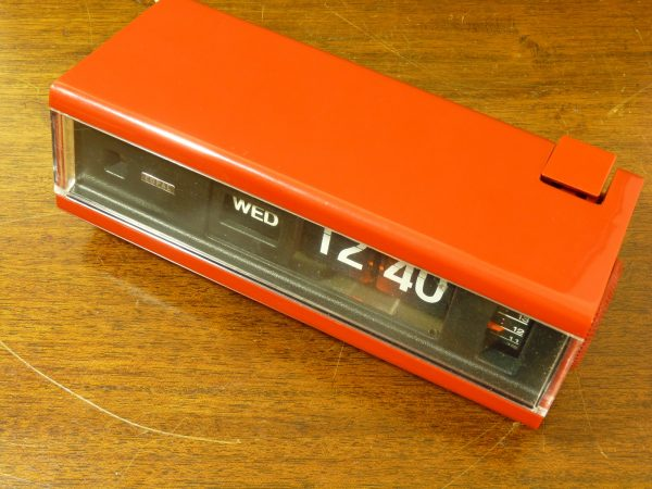 Vintage Red Copal Model 229 Flip Clock with Day Display