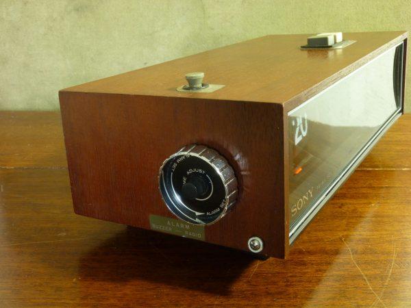 Sony Digimatic 8FC-69WA Flip Clock Radio 1969 Wood Cabinet